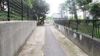 尼崎市田能墓地の墓地内写真