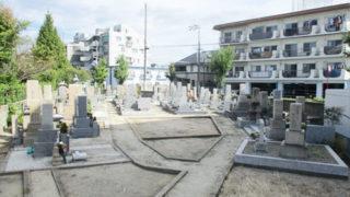 尼崎市生津墓地の墓地内写真